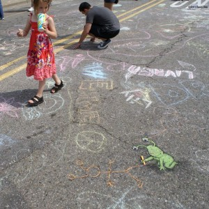 chalkfest-sluggo-by-david-zinn