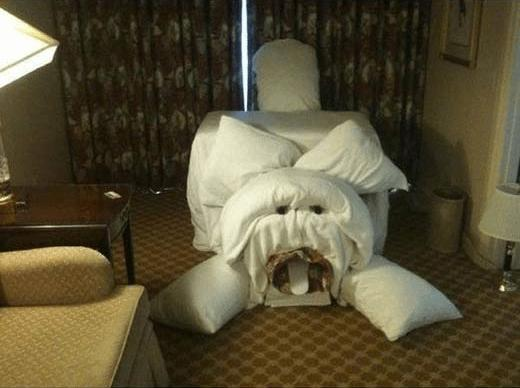 Hotel Room Pranks (1)