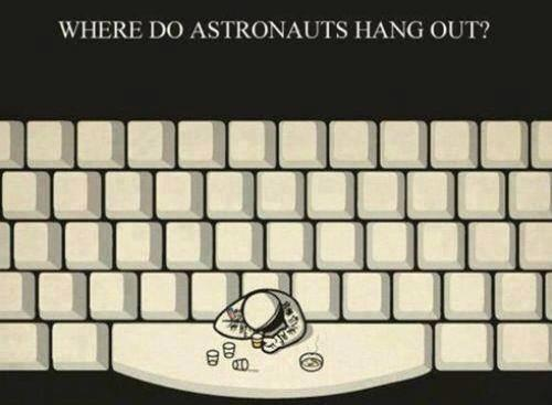 where-do-astronauts-hang-out