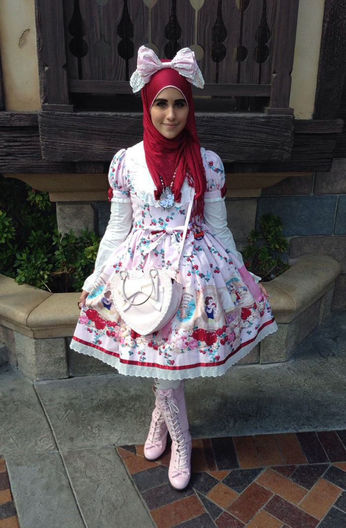 Muslim Lolita Fashion Inspired By Japan 13 Pics