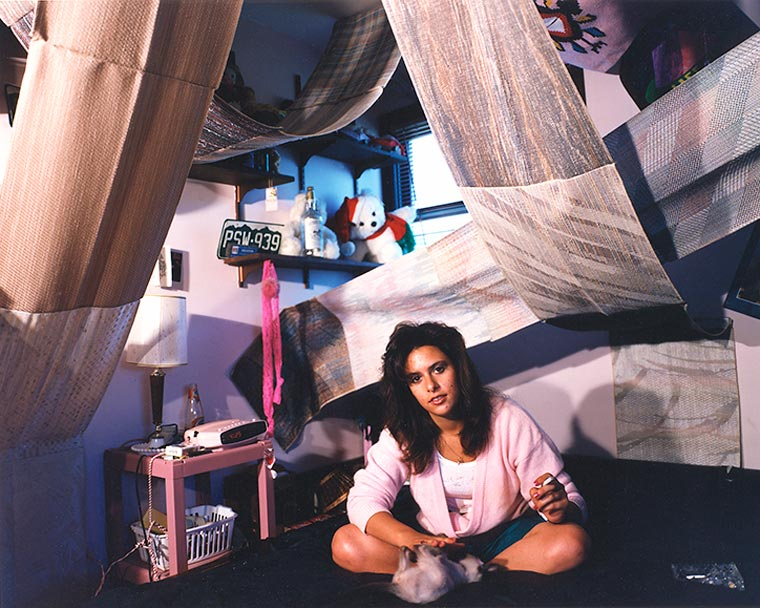These 90s Teenage Bedroom Photos Immortalize An Awkward Decade